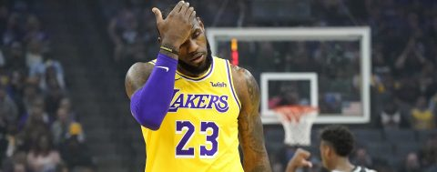 86-101. James conduce el ataque de los Lakers