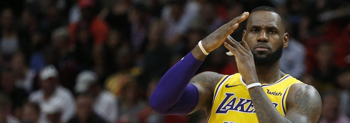 LeBron James helps Lakers beat Heat 113-97