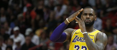 LeBron James helps Lakers beat Heat 113-97