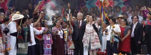 México festeja la presidencia de López Obrador con ilusión y fe intactas