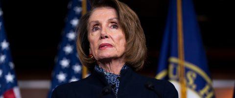 """Pelosi carga contra Trump por ser """"obstáculo"""" para mantener Gobierno abierto"""