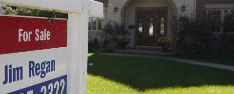Presentan glosario en inglés y español para transacciones inmobiliarias