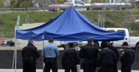 Un hombre asesina a tres familiares en California y se suicida después
