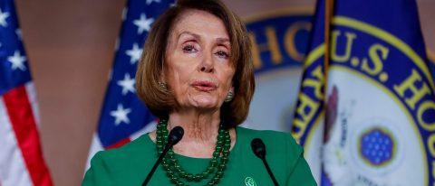 Pelosi rechaza financiar el muro a cambio de una solución para los soñadores