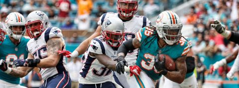 Tannehill and Drake lead Dolphins to beat Patriots 34-33
