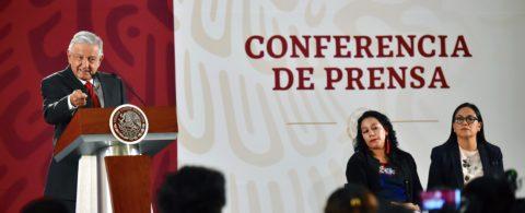 """Presidente de México alerta que """"no conviene a nadie"""" el cierre de fronteras"""