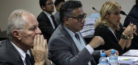 El expresidente peruano Kuczynski seguirá detenido y puede pasar a prisión